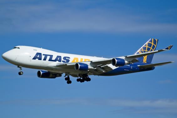 atlas_air_boeing_747-400f_n412mc_syd_2005-9-17.png
