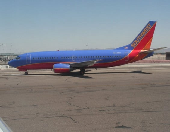 southwest_airlines_plane_.jpg