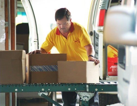 dhlworker